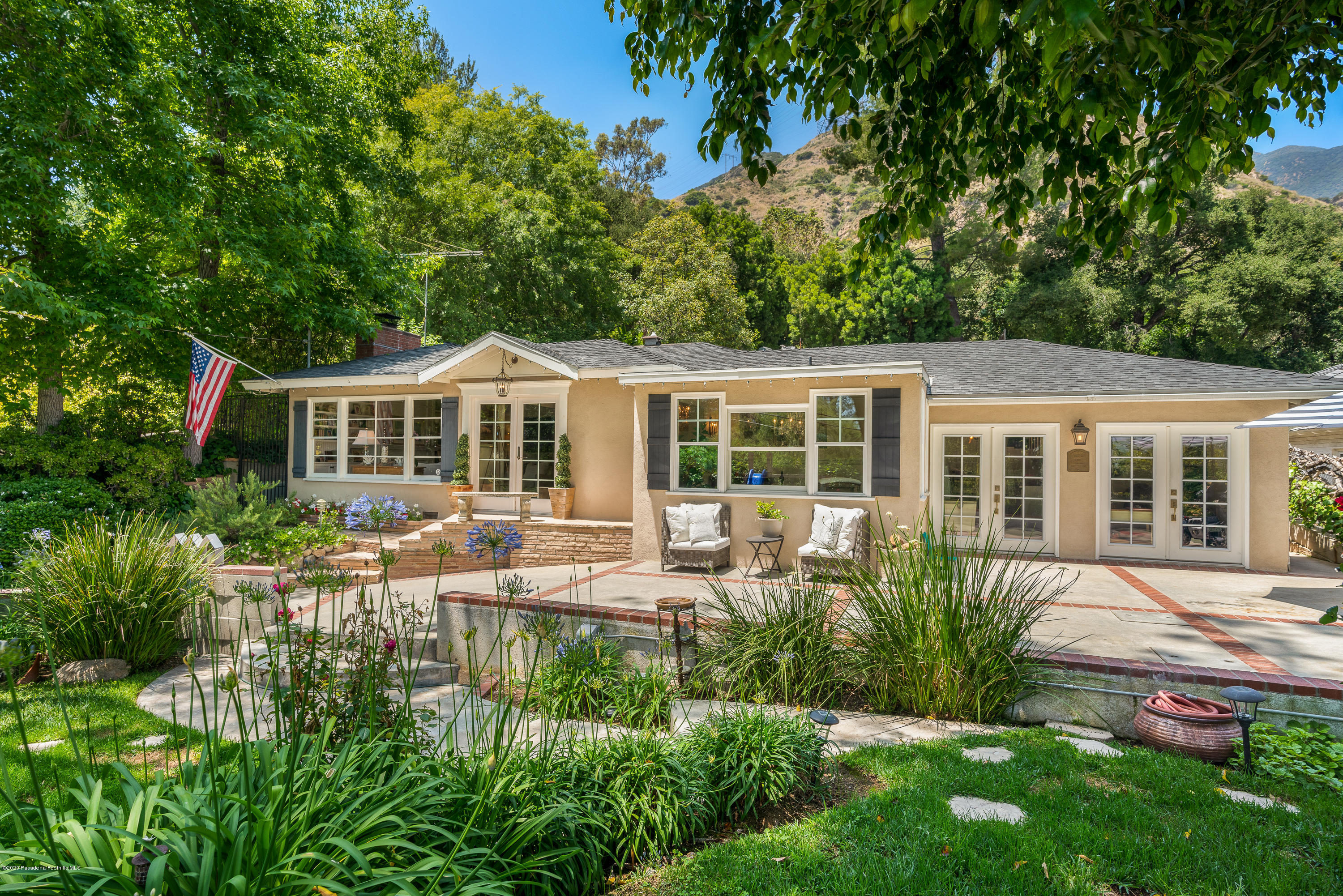 2161 Pinecrest Drive, Altadena, California 3 Bedroom as one of Homes & Land Real Estate