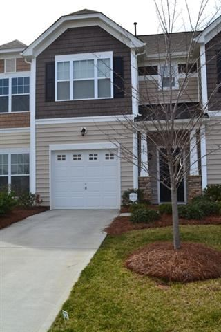 Single Family Home for Sale, ListingId:22413079, location: 645 Hicklin Drive Rock Hill 29732