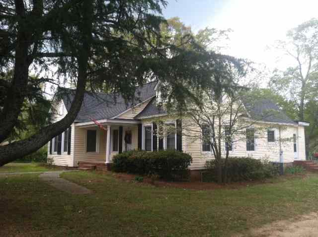 Single Family Home for Sale, ListingId:22718294, location: 227 E Hilton Street Kershaw 29067