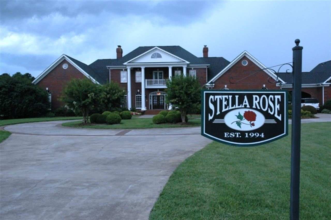 Single Family Home for Sale, ListingId:24742358, location: 4705 Steele Village Rd Rock Hill 29730