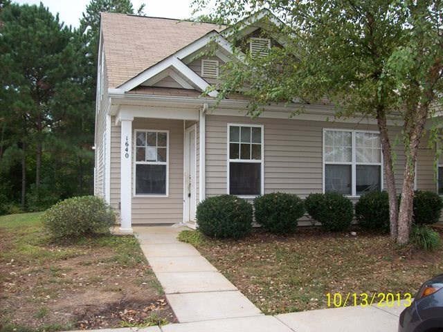 Single Family Home for Sale, ListingId:26112056, location: 1640 Heather Chase Ft Mill 29707