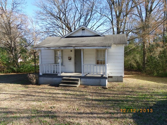 Single Family Home for Sale, ListingId:26314381, location: 405 S Jones Ave Rock Hill 29730