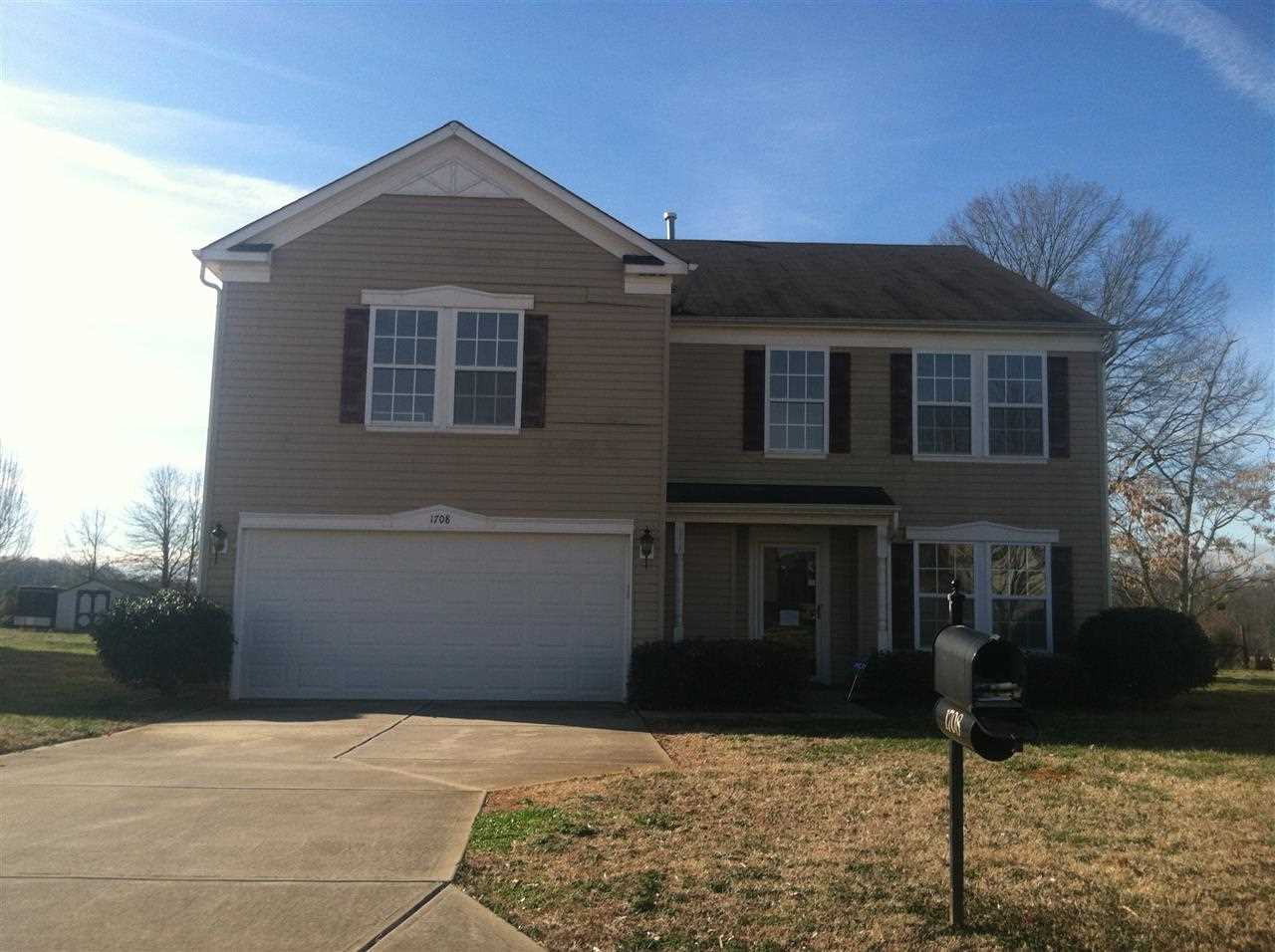 Single Family Home for Sale, ListingId:27125170, location: 1708 Grove Tree Lane Clover 29710