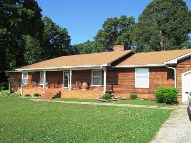 One of Lake Wylie South 4 Bedroom Basement Homes for Sale