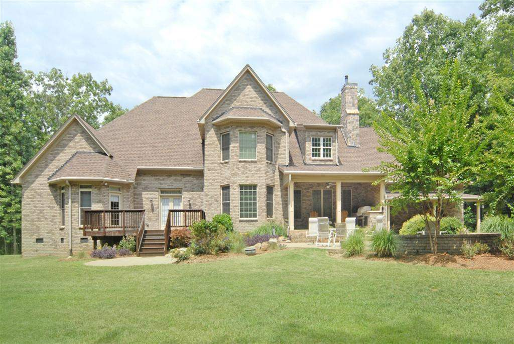 Single Family Home for Sale, ListingId:28977540, location: 4838 and 4848 River Oaks Road Lake Wylie 29710