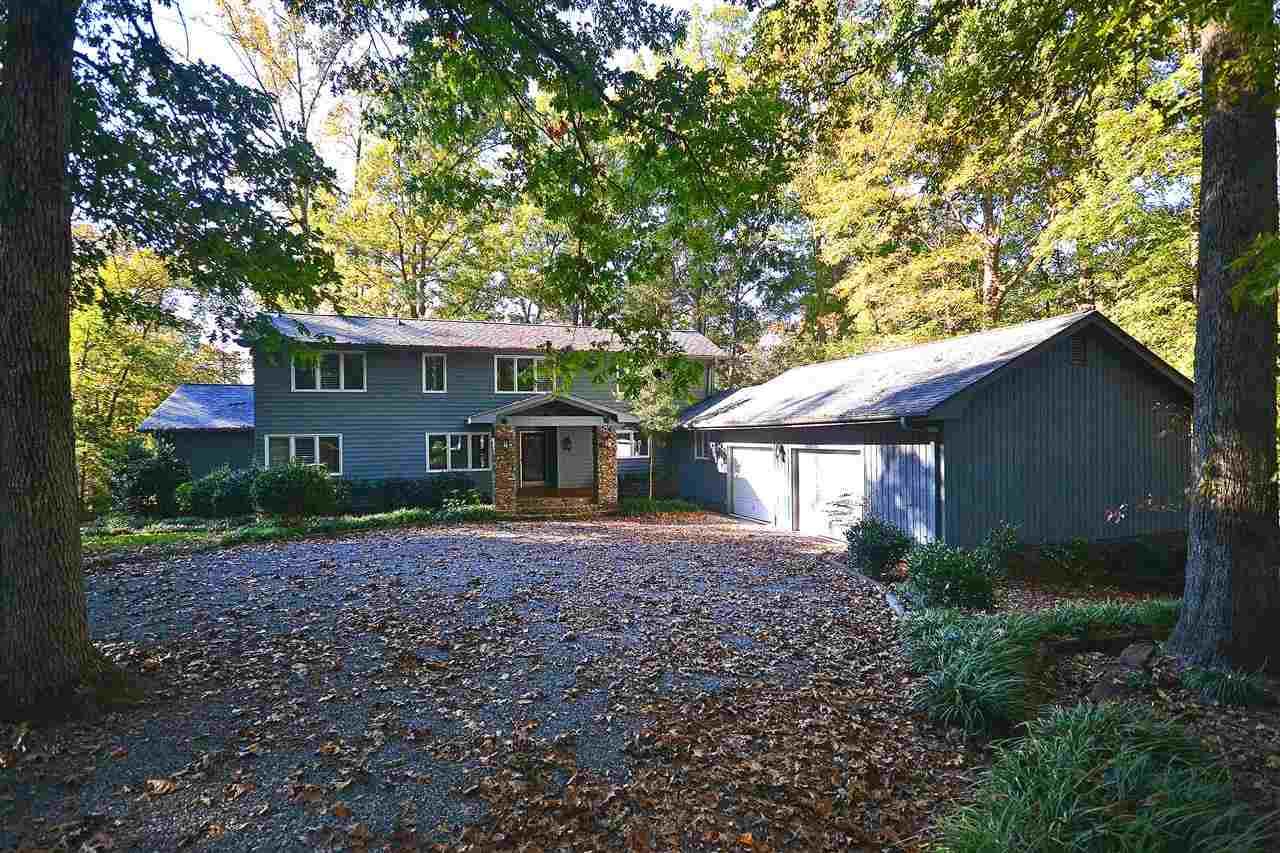 Single Family Home for Sale, ListingId:30379303, location: 4791 River Oaks Lake Wylie 29710