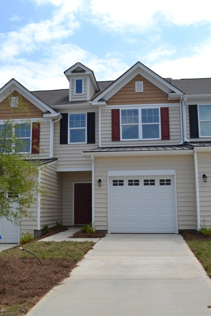 Single Family Home for Sale, ListingId:32301572, location: 444 Clouds Way Rock Hill 29732