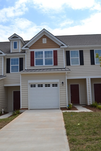 Single Family Home for Sale, ListingId:32301564, location: 448 Clouds Way Rock Hill 29732