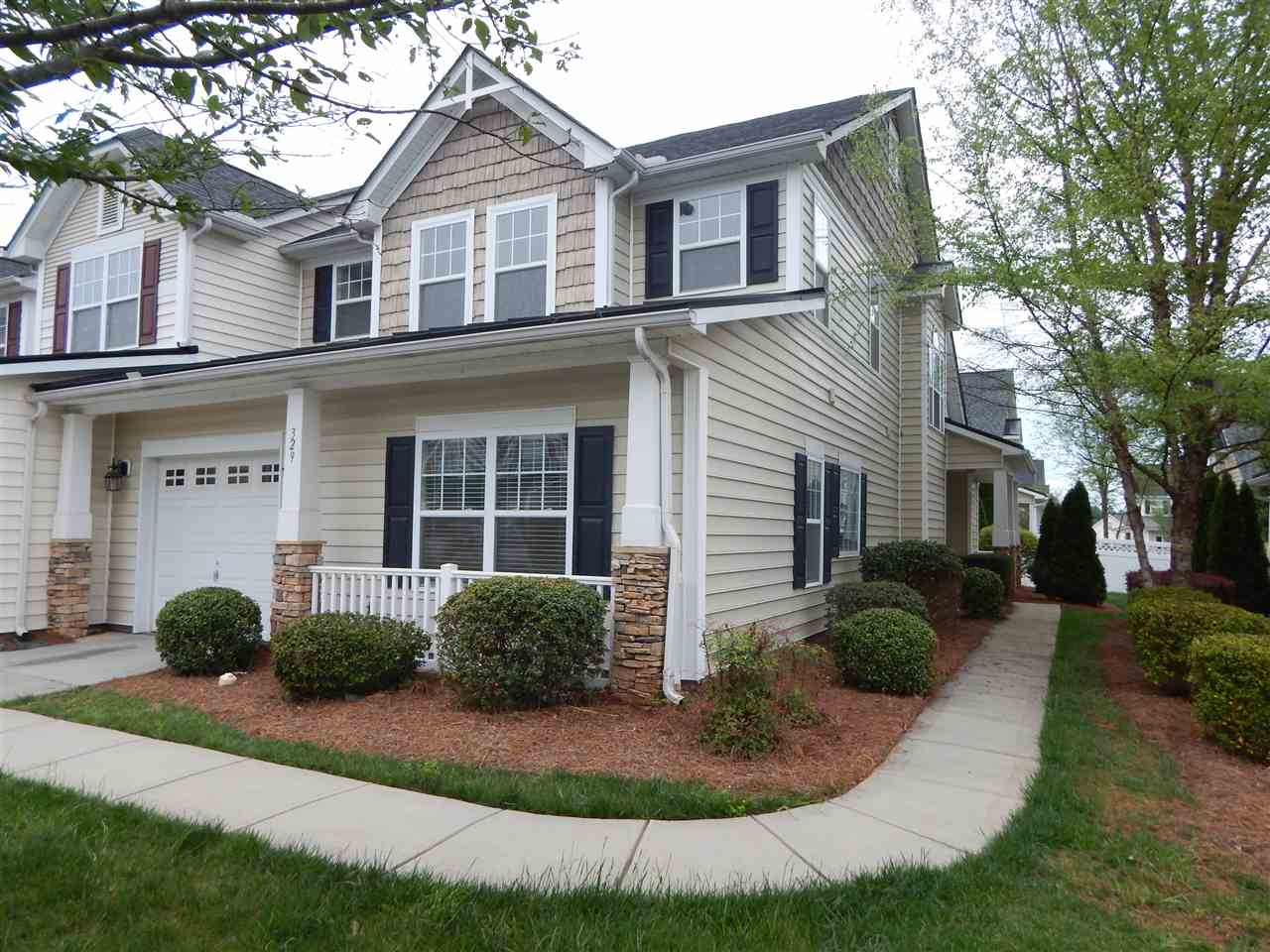 Single Family Home for Sale, ListingId:32926717, location: 329 Rose Garden Court Rock Hill 29732
