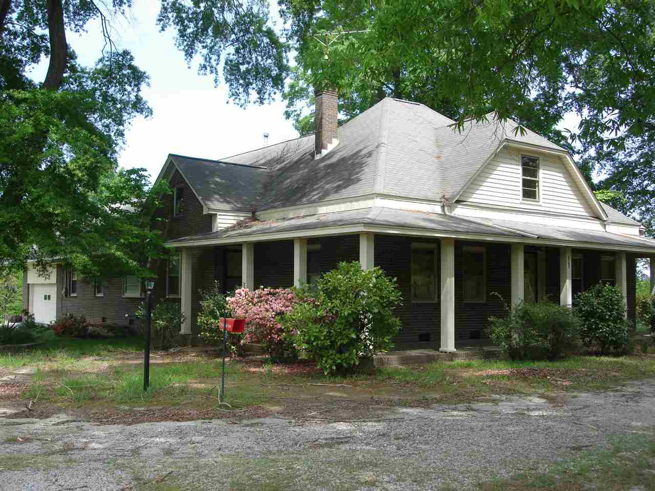 Single Family Home for Sale, ListingId:33135330, location: 6745 Kershaw Camden Hwy Kershaw 29067