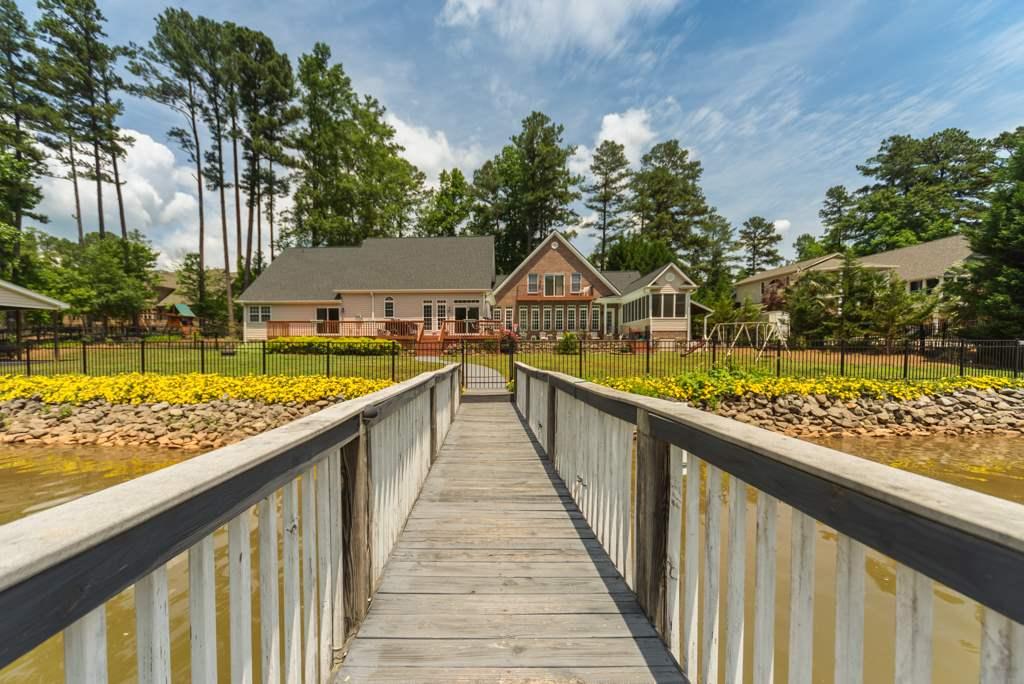 Single Family Home for Sale, ListingId:33454869, location: 4635 Water Oak Drive Lake Wylie 29710