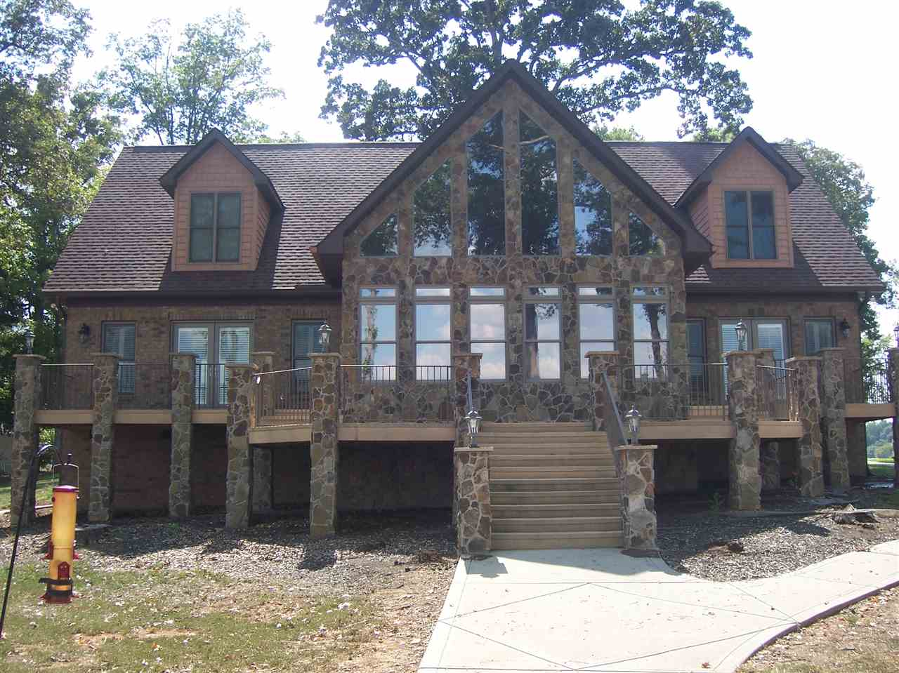 Single Family Home for Sale, ListingId:35268753, location: 4380 Duck Haven Ln Lake Wylie 29710