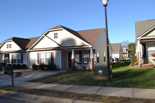 Single Family Home for Sale, ListingId:36763437, location: 1631 Clemmon Sanders Cir Rock Hill 29732