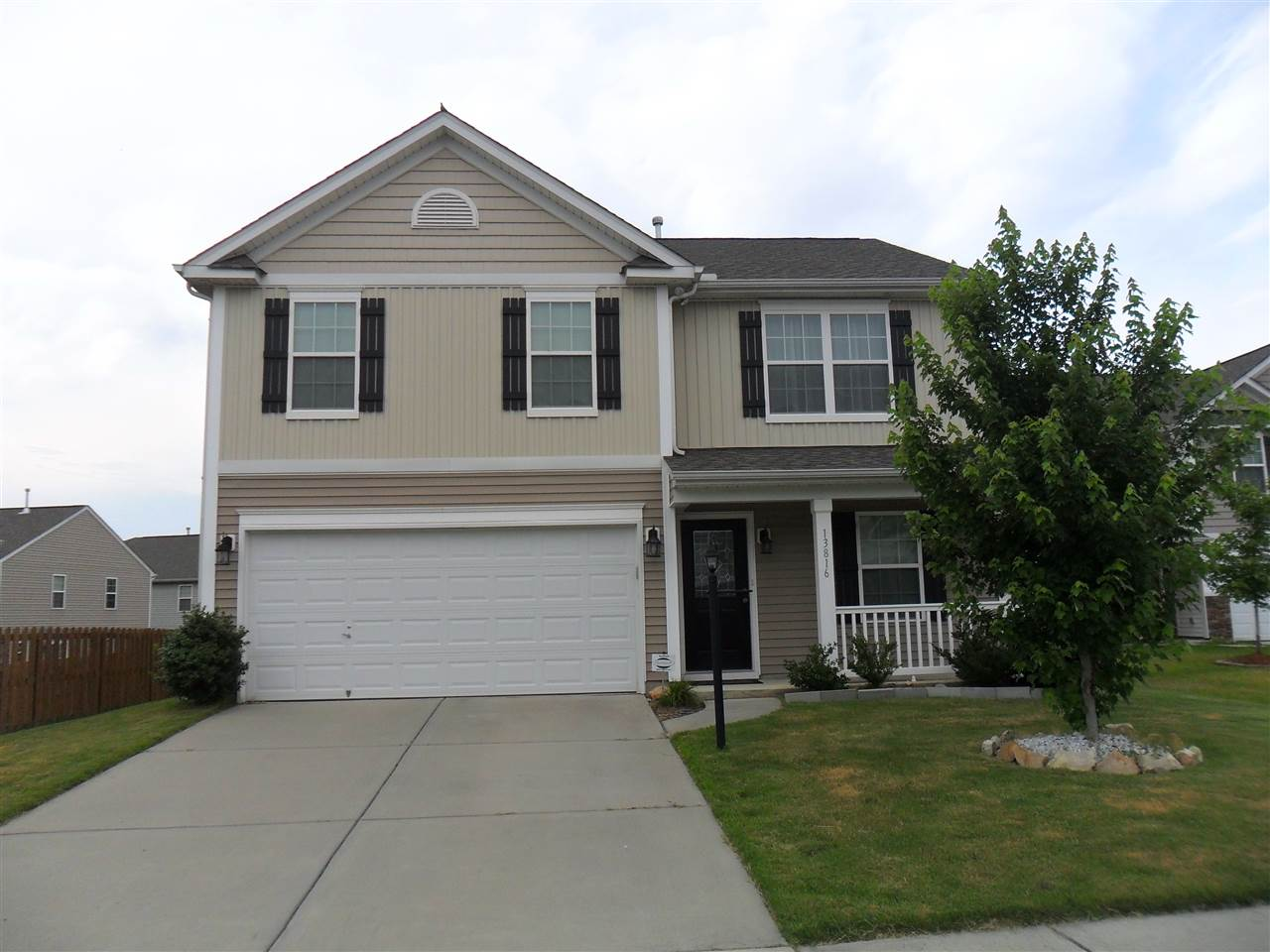 13816 Allison Forest Trail, Charlotte Southwest in Mecklenburg County, NC 28278 Home for Sale