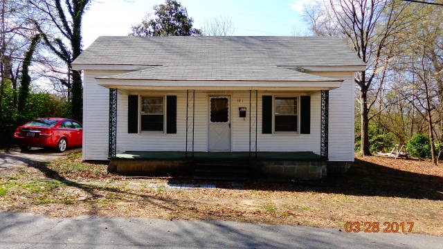 Photo of 101 Oakland Street  Clover  SC