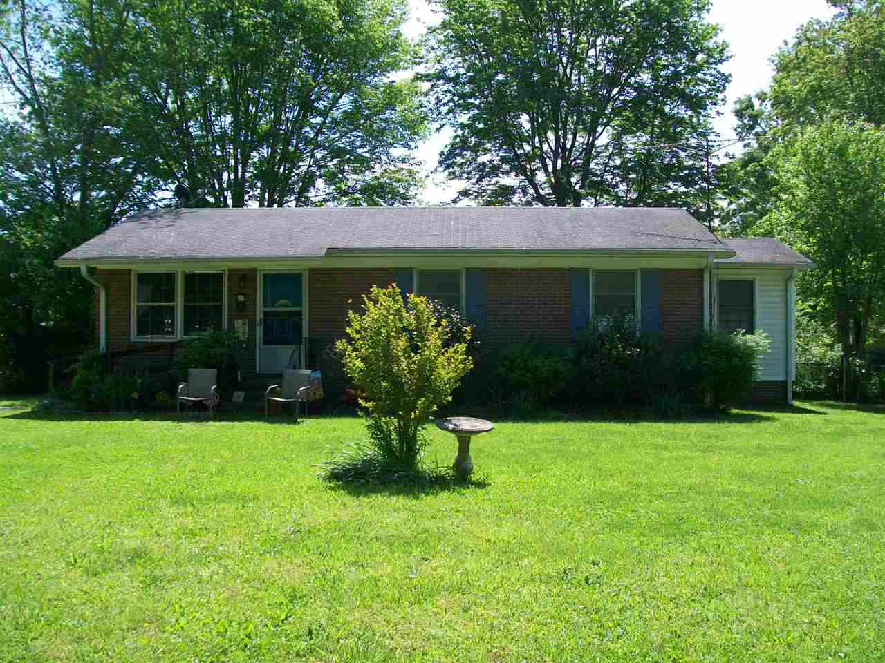 18 Cartwright St, York in York County, SC 29745 Home for Sale