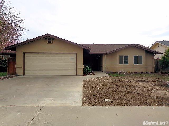 2824 Roswell Way, Ceres, CA 95307