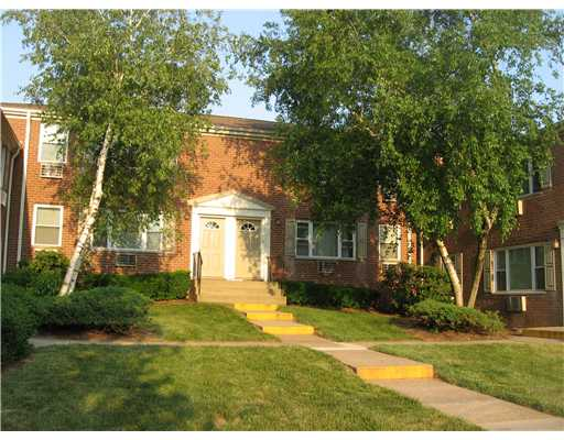 Rental Homes for Rent, ListingId:21802385, location: 37 YORK DRIVE Edison 08817