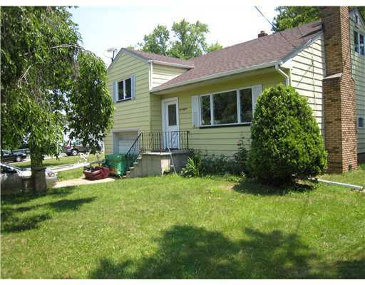 Rental Homes for Rent, ListingId:23019880, location: 115 SANDERS AVE South Bound Brook 08880