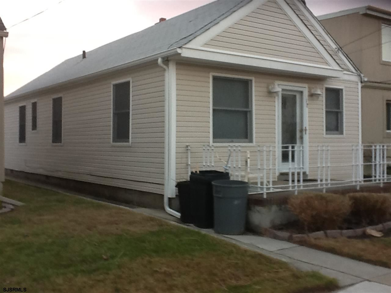 Rental Homes for Rent, ListingId:25135429, location: 12 S Monroe (front) Ave Margate City 08402