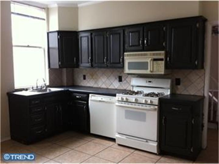 Rental Homes for Rent, ListingId:22369488, location: 1100 S FRONT ST #2ND FL Philadelphia 19147