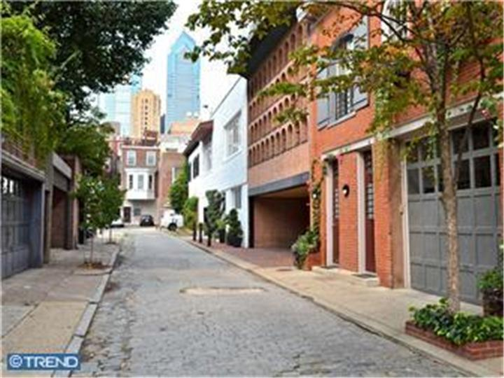 Rental Homes for Rent, ListingId:23662204, location: 312 S CHADWICK ST #1R Philadelphia 19103