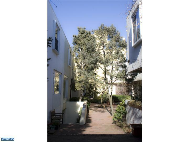 Rental Homes for Rent, ListingId:24174221, location: 812 LOMBARD MEWS #28 Philadelphia 19147