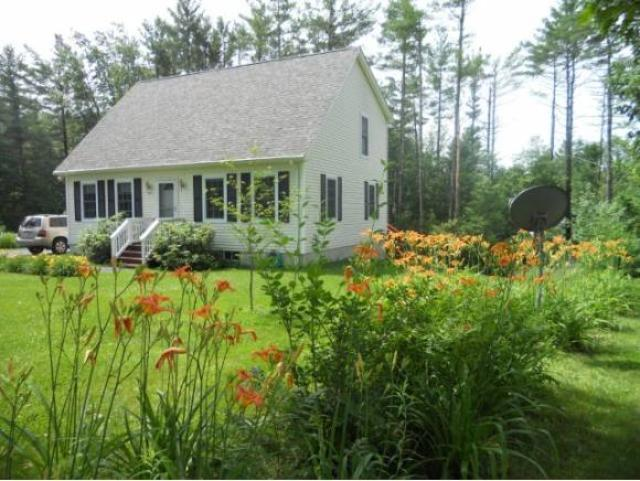 197 Peacham Rd, Center Barnstead, NH 03225