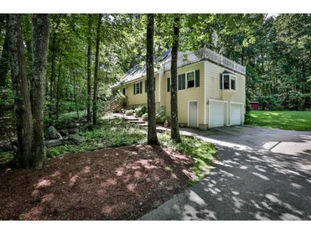Single Family Home for Sale, ListingId:30265066, location: 30 Heritage Hill Rd Windham 03087