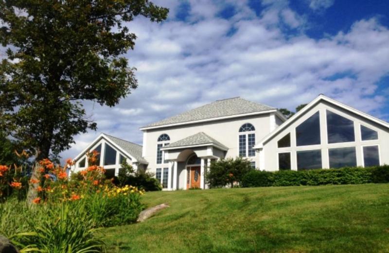 Real Estate for Sale, ListingId: 30264452, Weare,NH03281