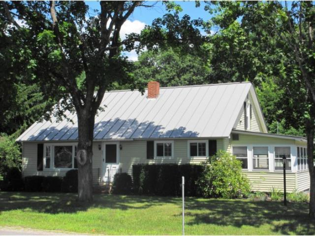 35 Webster Lake Rd, Franklin, NH 03235