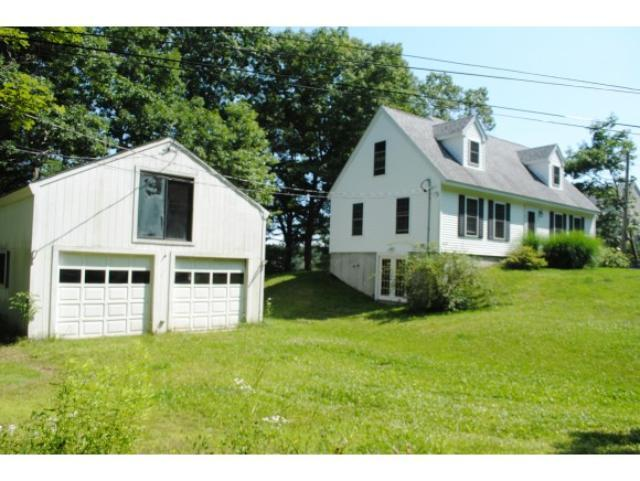 51 Cutts Island Ln, Kittery Point, ME 03905