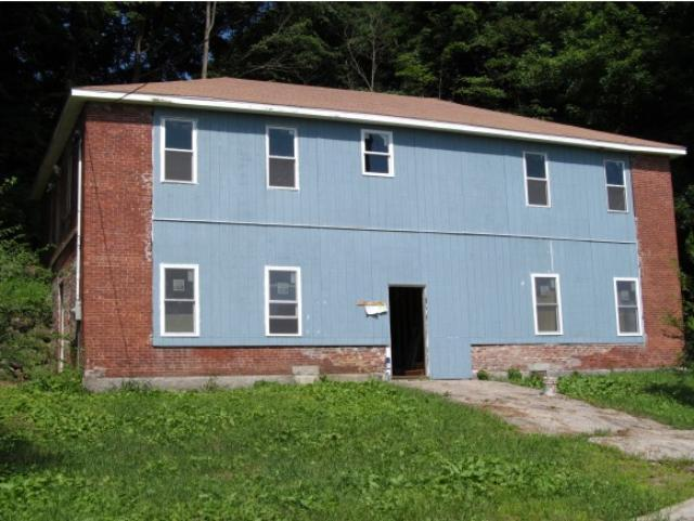 41 Commercial St, Boscawen, NH 03303