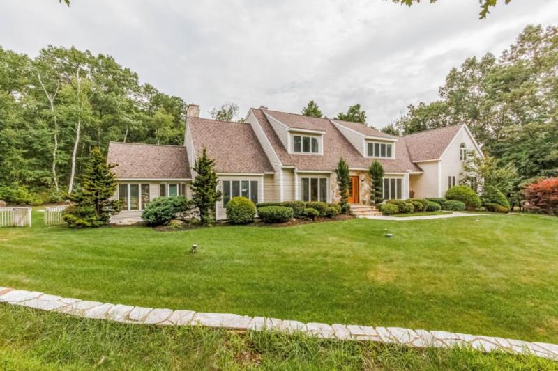 Real Estate for Sale, ListingId: 30265208, Windham,NH03087