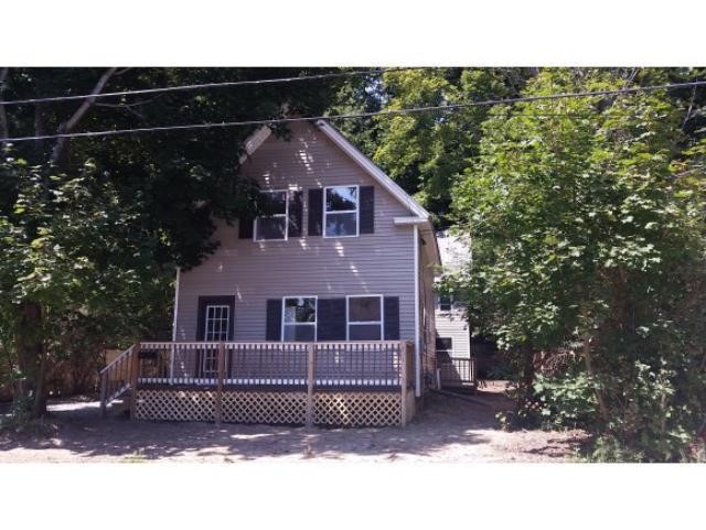 138 W Bow St, Franklin, NH 03235