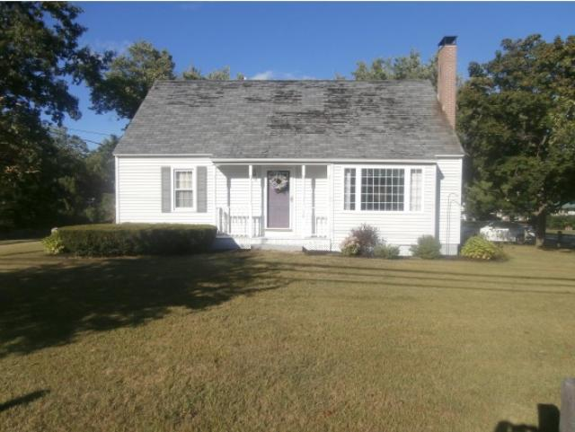 138 Village St, Concord, NH 03303