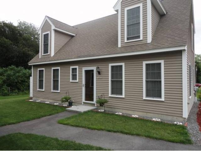 426 Winnacunnet Rd, Hampton, NH 03842