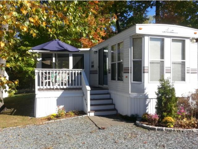 7 Leisure Time Ln, Laconia, NH 03246
