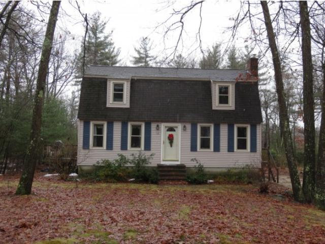 Single Family Home for Sale, ListingId:30934657, location: 16 Park St Windham 03087