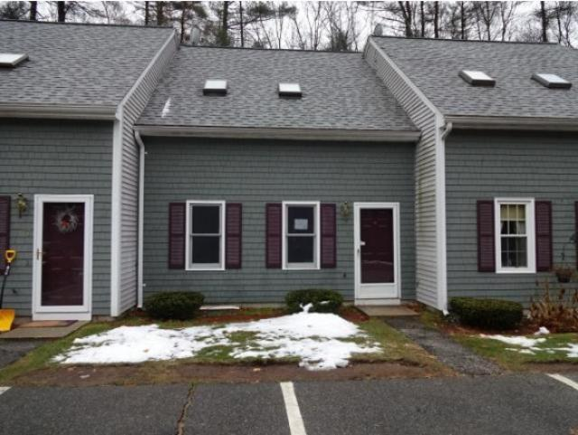 16 Tanglewood Dr, East Hampstead, NH 03826