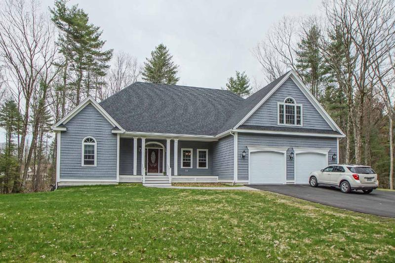 Weston Rd, Windham, NH 03087