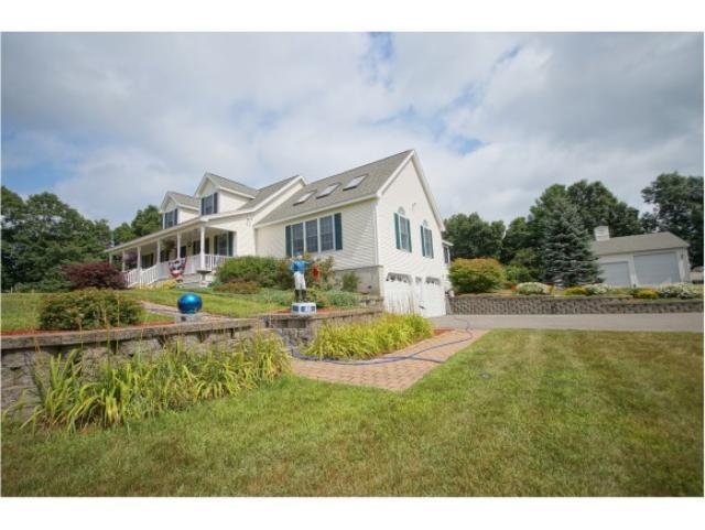 Real Estate for Sale, ListingId: 32016128, Chester,NH03036