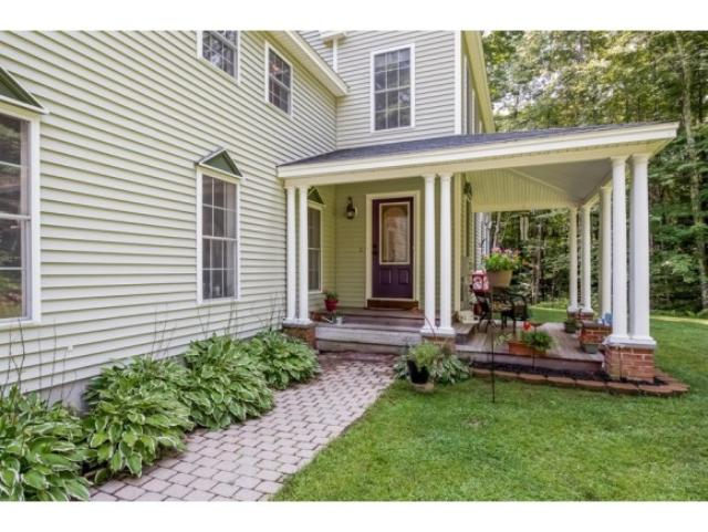 44 Robinson St, Exeter, NH 03833