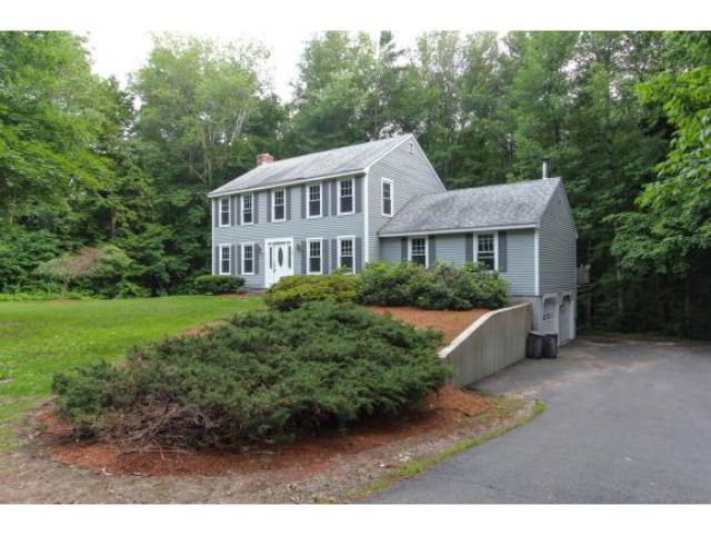 75 Wash Pond Rd, Hampstead, NH 03841