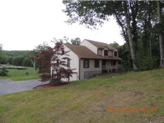 36 Valley Hill Rd, Pelham, NH 03076