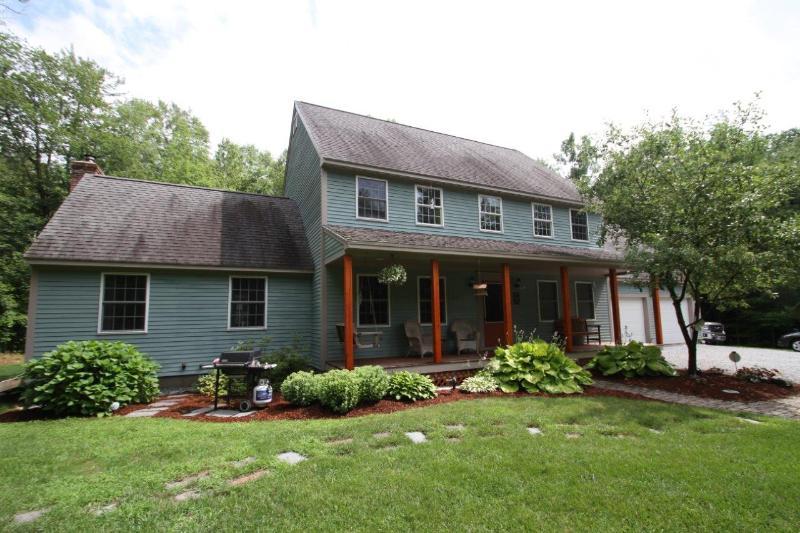 Real Estate for Sale, ListingId: 34357191, Henniker,NH03242