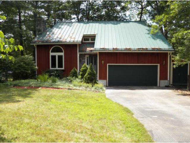 5 Oxbow Ln, Derry, NH 03038