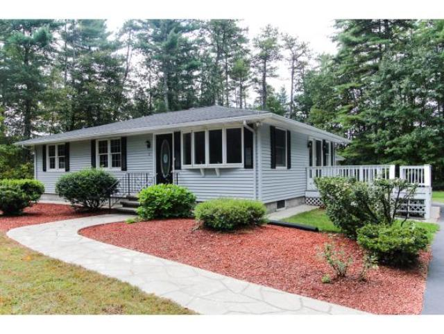 8 Field Rd, Windham, NH 03087