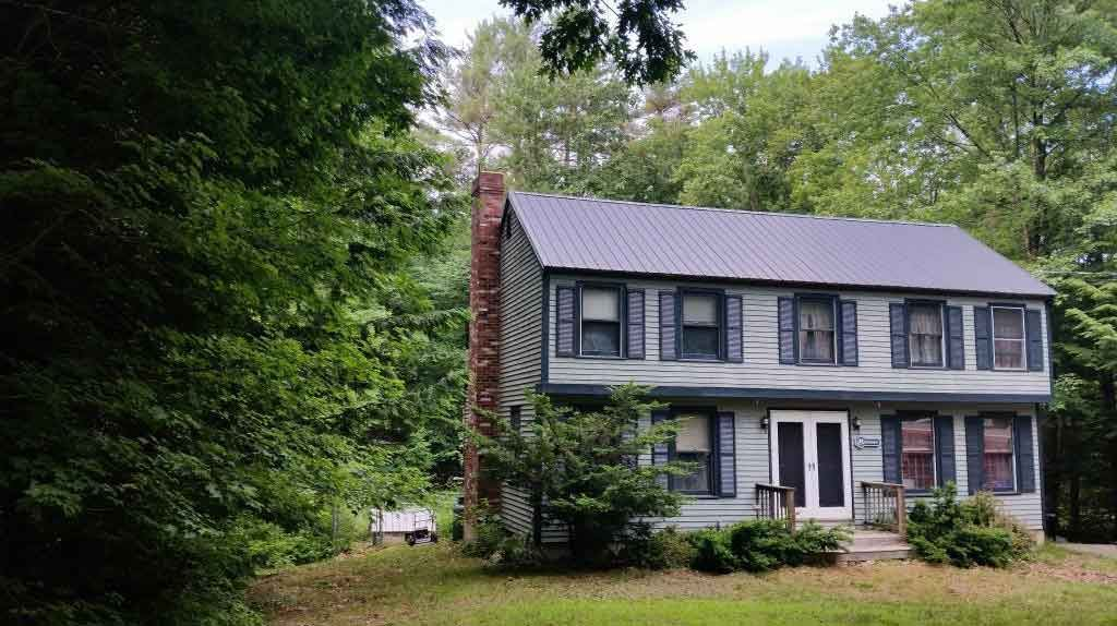 54 Peacham Rd, Center Barnstead, NH 03225