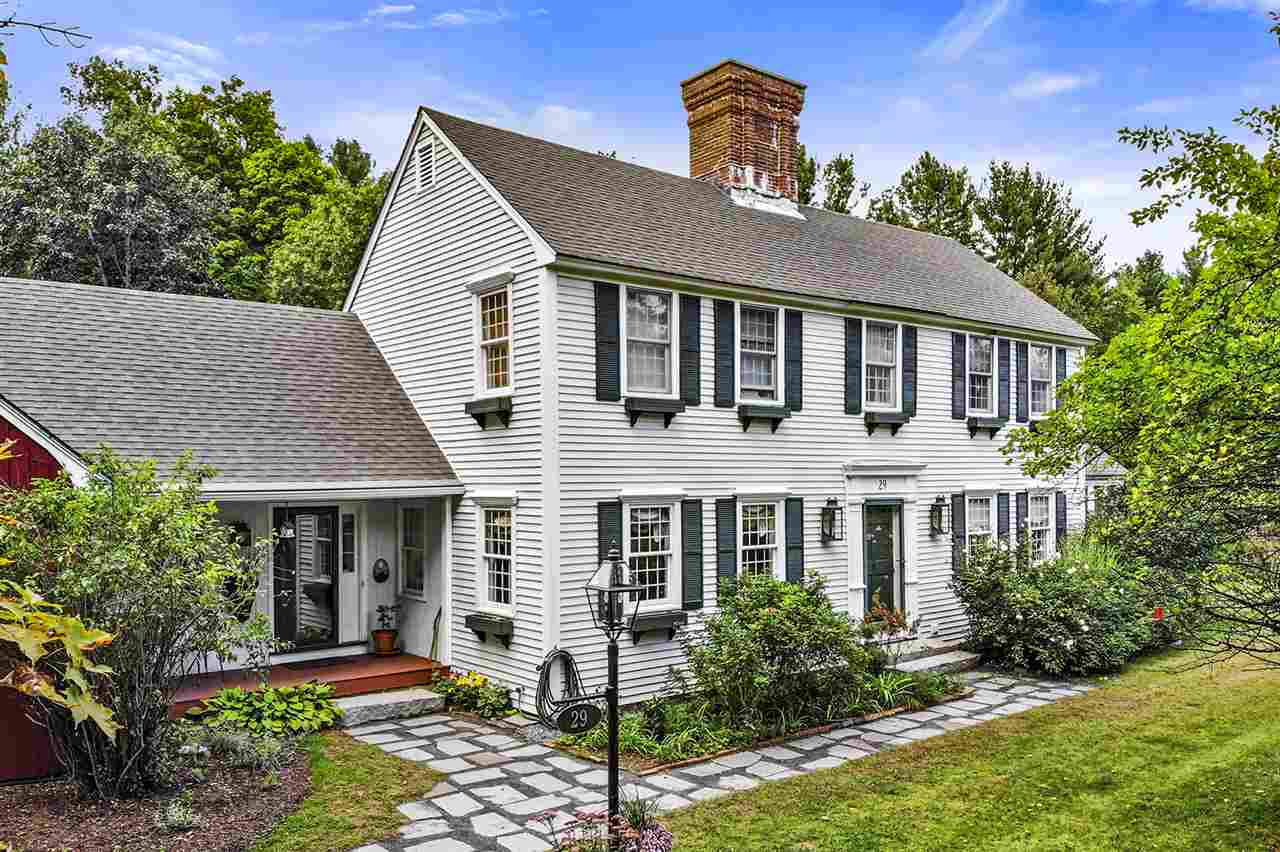 29 Christian Hill Road Amherst, NH 03301
